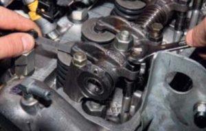 Регулировка тепловых зазоров в приводе клапанов двигателя ГАЗель Бизнес.